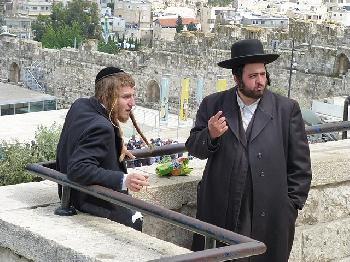 Israel-Junge-Orthodoxe-werden-weltlich-