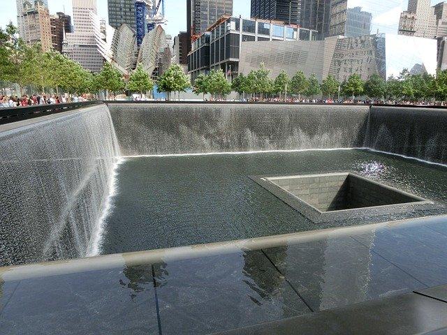 USA ehren Opfer des 11. Septembers am 20. Jahrestag der Anschläge