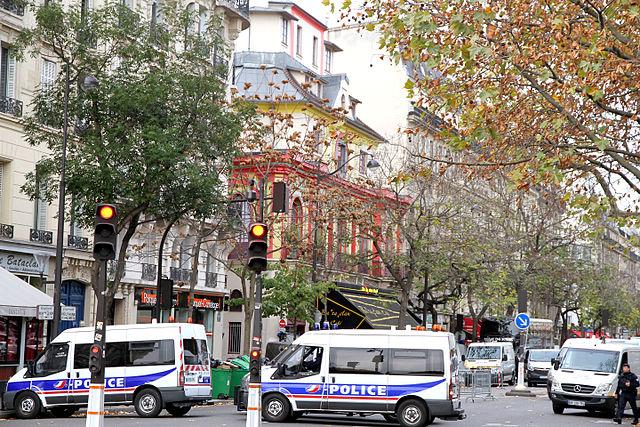 Prozess wegen Terroranschlag in Paris Bataclan durch Hauptverdächtigen gestört
