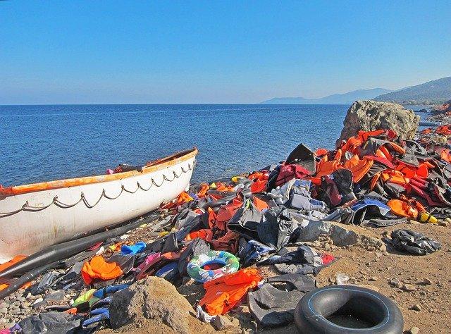 500 Migranten landen auf Lampedusa