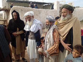 Nie-gekannte-Flchtlingswelle-Afghanistan-und-die-Nchstenliebe
