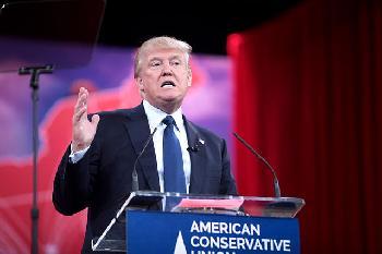 Trump-Demokraten-vertuschen-Bidens-COVID-und-AfghanistanVersagen