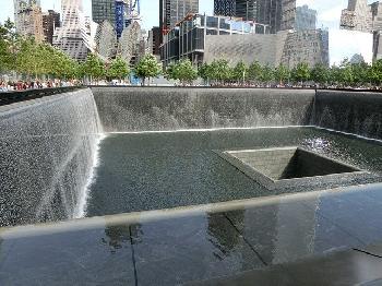 USA-ehren-Opfer-des-11-Septembers-am-20-Jahrestag-der-Anschlge