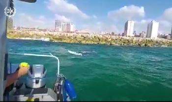 Dramatische-Rettung-vor-dem-Strand-von-Hezrliya-Video