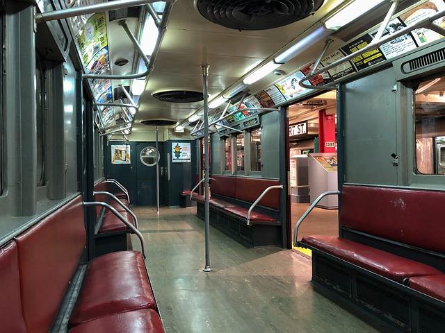 Mann in New Yorker U-Bahnstation mit 300 Schuss Munition festgenommen