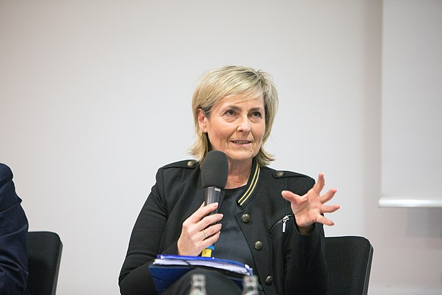 mdr-Intendantin Karola Wille muss wegen Spitzelvorwürfen endlich zurücktreten!