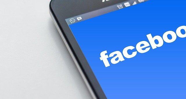 Facebook hat den Gewinn vorgezogen, anstatt Antisemitismus  zu stoppen