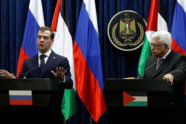 Abbas: Wenn Israel mit mir spricht, werde ich in Erwägung ziehen, Klagen fallen zu lassen