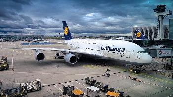 Lufthansa-will-Impfpflicht-fr-Flugpersonal