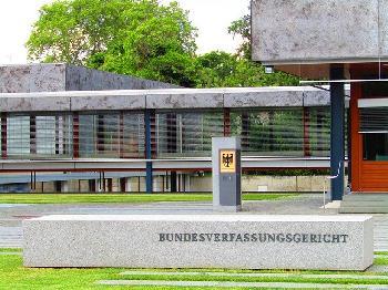 Sechs-Verfassungsklagen-gegen-Bundestagswahl-eingereicht