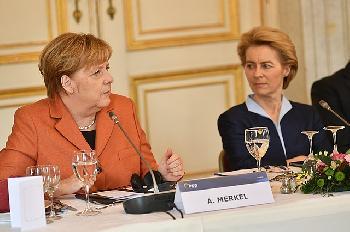 Die-EU-mit-Deutschland-schieen-sich-auf-Polen-ein