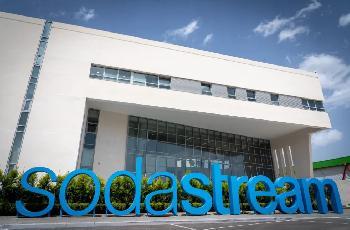 SodaStream-entlsst-300-Menschen