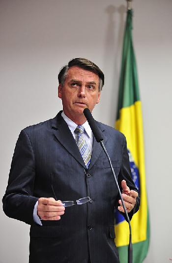 Brasiliens neuer Staatspräsident vereidigt [Video]