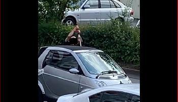 Stuttgart: Mann mit Machete auf offener Straße zerhackt