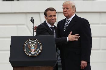 Frankreich: Macron stellt sich auf die Seite der iranischen Mullahs