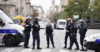 Pariser Messermörder war zum Islam konvfertierter Migrant