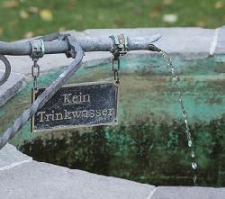 Sicheres Wasser mit Lishtot