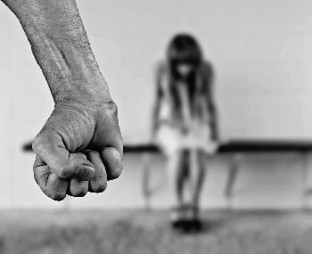 Tochter litt zuhause Horror-Qualen, weil sie in Palästinenserfamilie Deutsch sprach