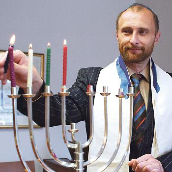 Masel Tow Rebbe - hatten Sie nichts Besseres gefunden?