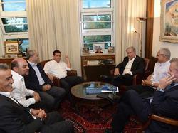 Regierung verspricht arabischen Gemeinderäten NIS 900 Millionen