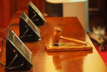 Prozesswelle überfordert die Gerichte