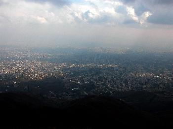 Iran: Wirtschaftlicher Zusammenbruch beginnt
