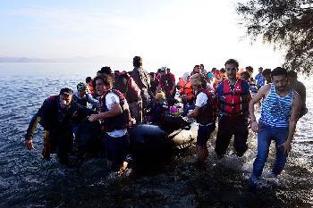 Griechenland: Menschenschmuggel von Humanitäre Hilfe-Organisation