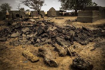 Christen massakriert, Medien schauen weg