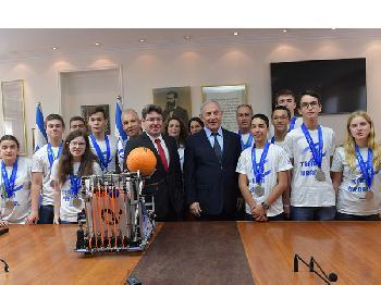 Israelisches Robotics-Team holt Silber in Dubai