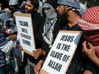 Die Angriffe des Islam auf europäische Kirchen in Vergangenheit und Gegenwart