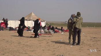 Schreckensherrschaft der IS-Frauen in syrischem Flüchtlingslager