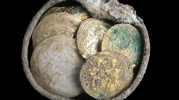 Schatz mit Goldmünzen in Caesarea gefunden