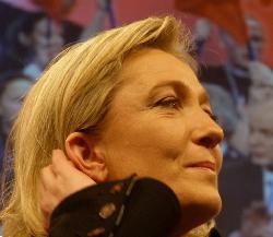 Le Pen droht: Israelisch-französische Doppelstaatsbürgerschaft soll verboten werden