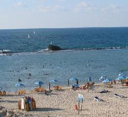 Der Strand in Bat Yam [Video]