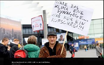 Die Sorge um das Überleben der Menschheit gilt ganz augenscheinlich nicht den Juden