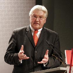 Steinmeier nutzt Scharons Beerdigung zu Angriffen auf jüdischen Wohnungsbau