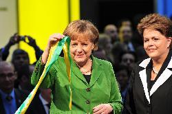 Merkel zu den Militärschlägen der USA, Großbritanniens und Frankreichs in Syrien