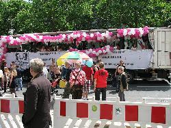 Wie bedroht sind die CSD-Paraden in Deutschland?