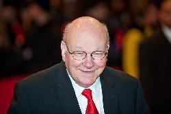 Berliner Ex-Bürgermeister Walter Momper (SPD) unterläuft Sanktionsdruck auf Iran
