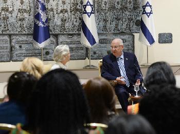 Netzwerk Women in Diplomacy zu Gast bei Rivlin