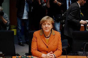 Merkel: Bundeswehr wichtiger Teil der Gesellschaft