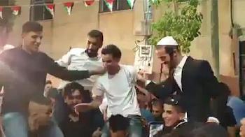 Orthodoxe Juden zu Gast bei arabischer Hochzeit [Video]