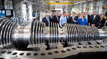Statement von Bundeskanzlerin Merkel beim Besuch des Dampfturbinenwerks der Siemens AG