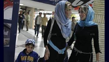 Iran verbietet schlecht verschleierten Frauen Flugreisen