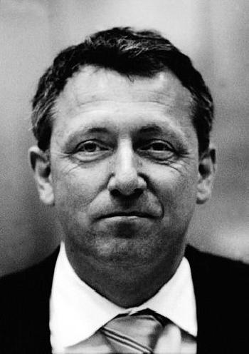 Mannheims Bürgermeister Peter Kurz kooperiert mit einem Mörder