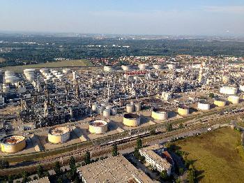 Ölversorgung: Momentan reichen die Reserven