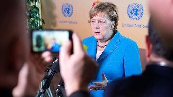 Versicherung der Bundesregierung war ein Fake: UN-Pakt ist rechtlich bindend