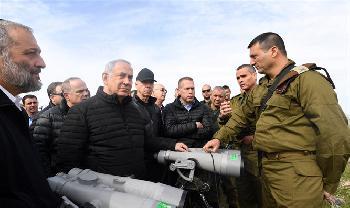 Wegen anhaltendem Terror: Israel behält Gelder für PA ein