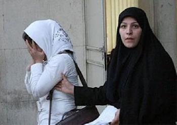 70% der Iranerinnen wollen Abschaffung der Kopftuchpflicht