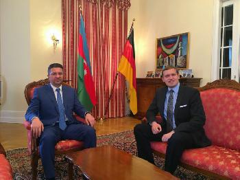 Aserbaidschans Botschafter Ramin Hasanov im Dialog mit der Jüdischen Rundschau